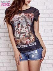 Czarny siateczkowy t-shirt z literą A z dżetami