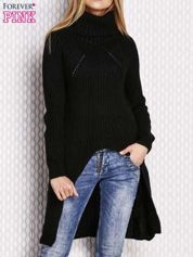 Czarny sweter z wyszywanym napisem