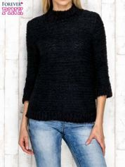 Czarny wełniany sweter z dłuższym włosem