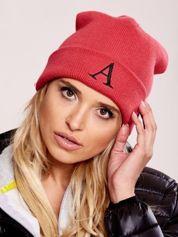 Czerwona czapka beanie z literą A