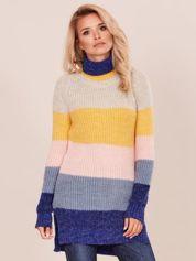 Długi sweter golf w kolorowe pasy