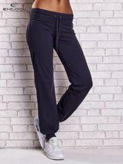 Grafitowe spodnie dresowe ze ściągaczem