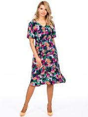 Granatowa kwiatowa sukienka z paskiem