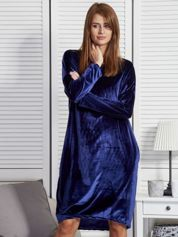 Granatowa welurowa sukienka oversize