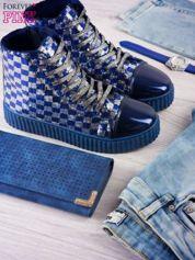 Granatowosrebrne sneakersy z cekinami w szachownicę