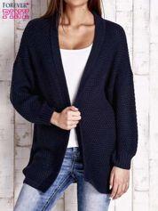 Granatowy fakturowany otwarty sweter