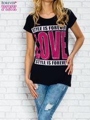 Butik Granatowy t-shirt z napisem STYLE IS FOREVER LOVE z dżetami