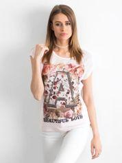 Jasnoróżowy siateczkowy t-shirt z literą A z dżetami