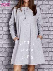 Jasnoszara sukienka z napisem LITTLE BLACK DRESS