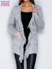 Jasnoszary sweter z frędzelkami