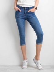 Jeansy z podwijanymi nogawkami niebieskie