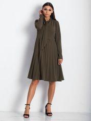 Khaki sukienka z plisami