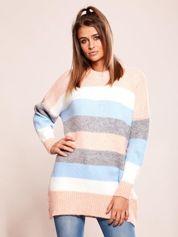 Luźny sweter w pasy jasnoróżowy
