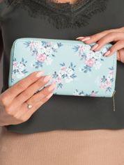 Miętowy portfel w kwiaty