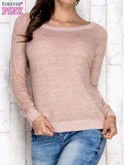 Morelowy sweter z błyszczącą nitką