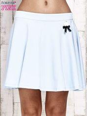 Niebieska dresowa spódnica szyta z koła