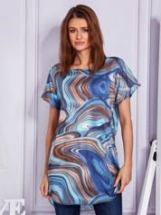 Niebieska tunika w abstrakcyjne wzory