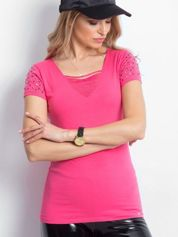 Różowy t-shirt z aplikacją i rozcięciami