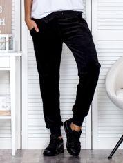 Spodnie dresowe welurowe czarne