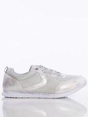 Srebrne cieniowane buty sportowe na piankowej podeszwie