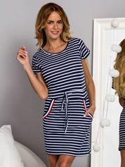 Sukienka dzienna w paski w marynarskim stylu granatowa
