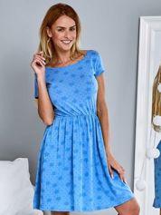 Sukienka dzienna z nadrukiem w kwiatki niebieska