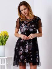 Sukienka warstwowa z kwiatowym motywem czarna