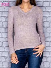 Sweter damski jasnoszary o szerokim splocie