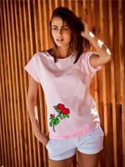 T-shirt damski jasnoróżowy z naszywką RÓŻE