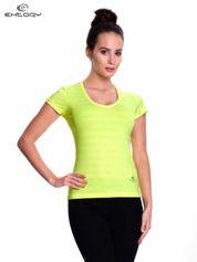 Zielony t-shirt sportowy w paseczki
