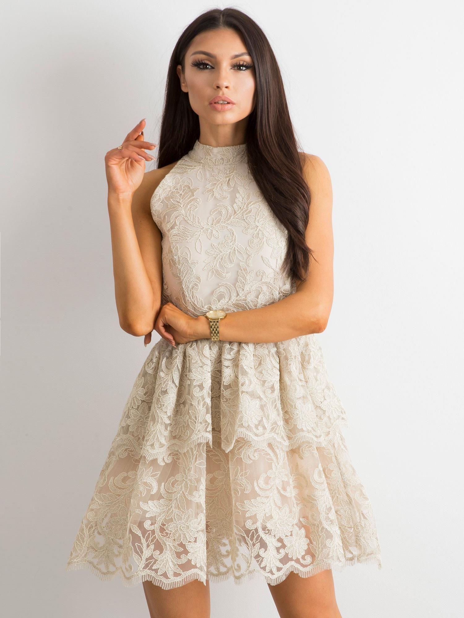 007d3a1a72 BY O LA LA Beżowa koronkowa sukienka z falbanami - Sukienka ...