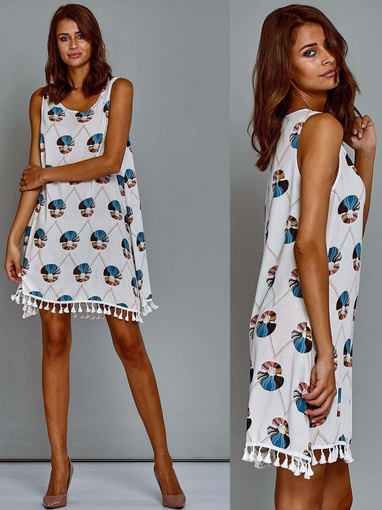 207bae3642 Bawełniana sukienka letnia trapezowa ze wzorem biała - Sukienka na ...