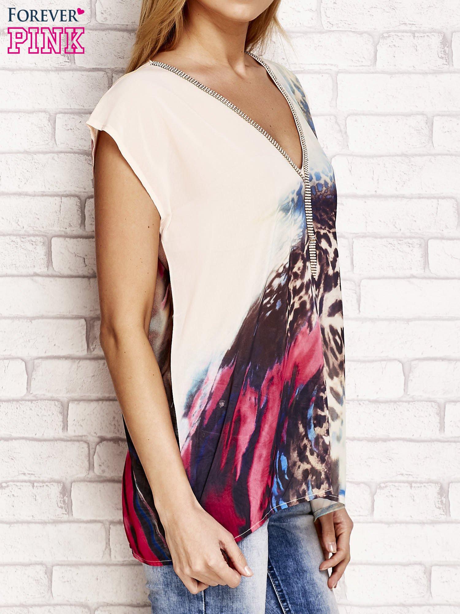 Beżowa koszula z abstrakcyjnym nadrukiem                                  zdj.                                  3