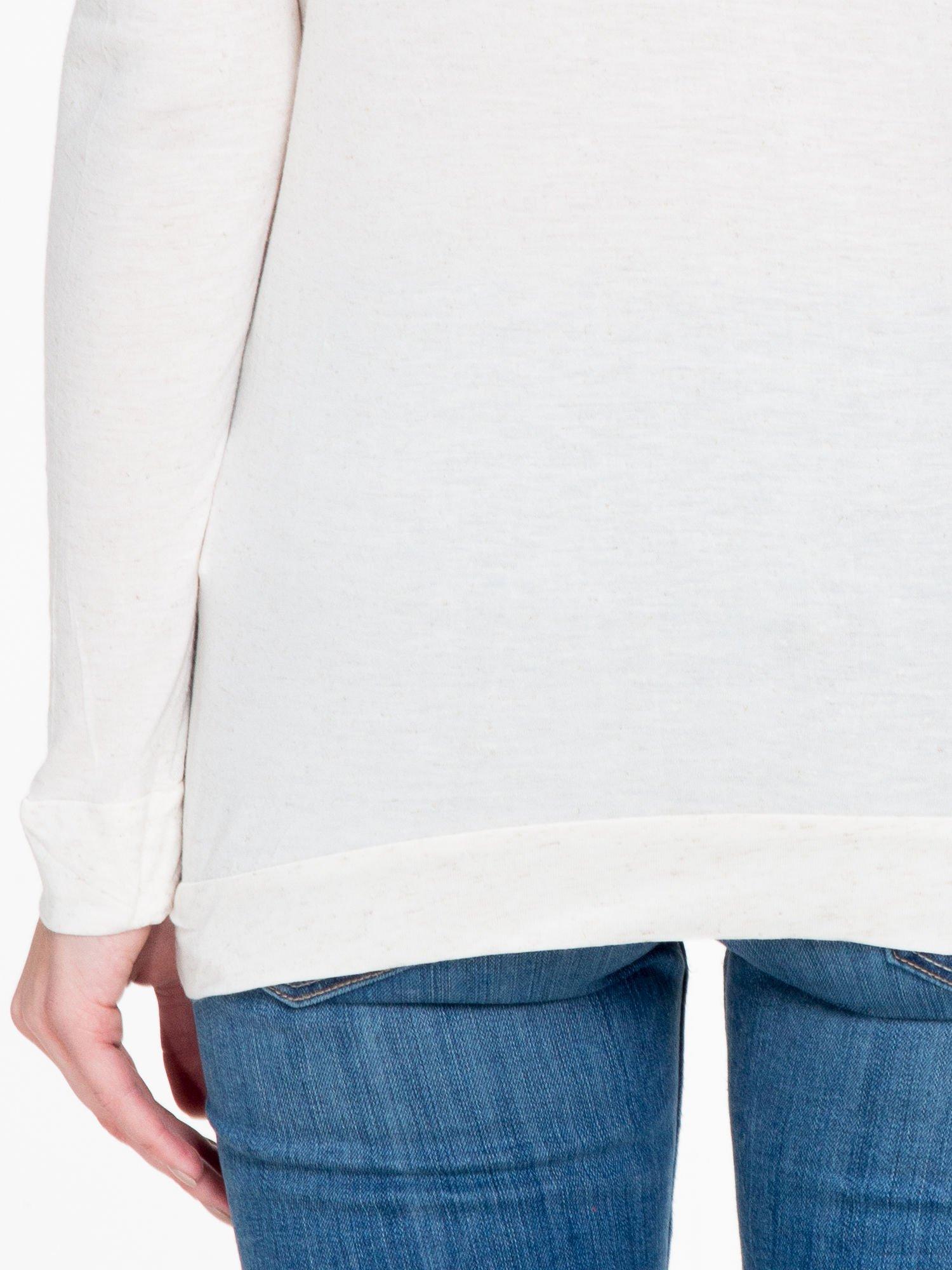 Beżowa melanżowa bawełniana bluzka z rękawami typu reglan                                  zdj.                                  8