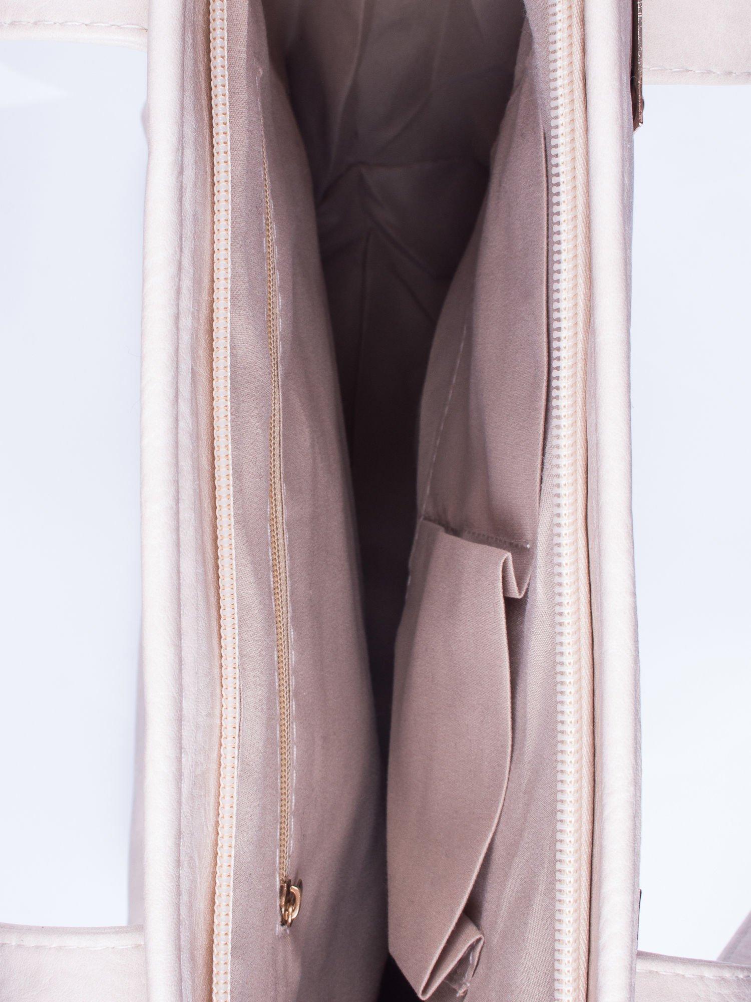 Beżowa prosta torba shopper bag ze złotymi okuciami                                  zdj.                                  4