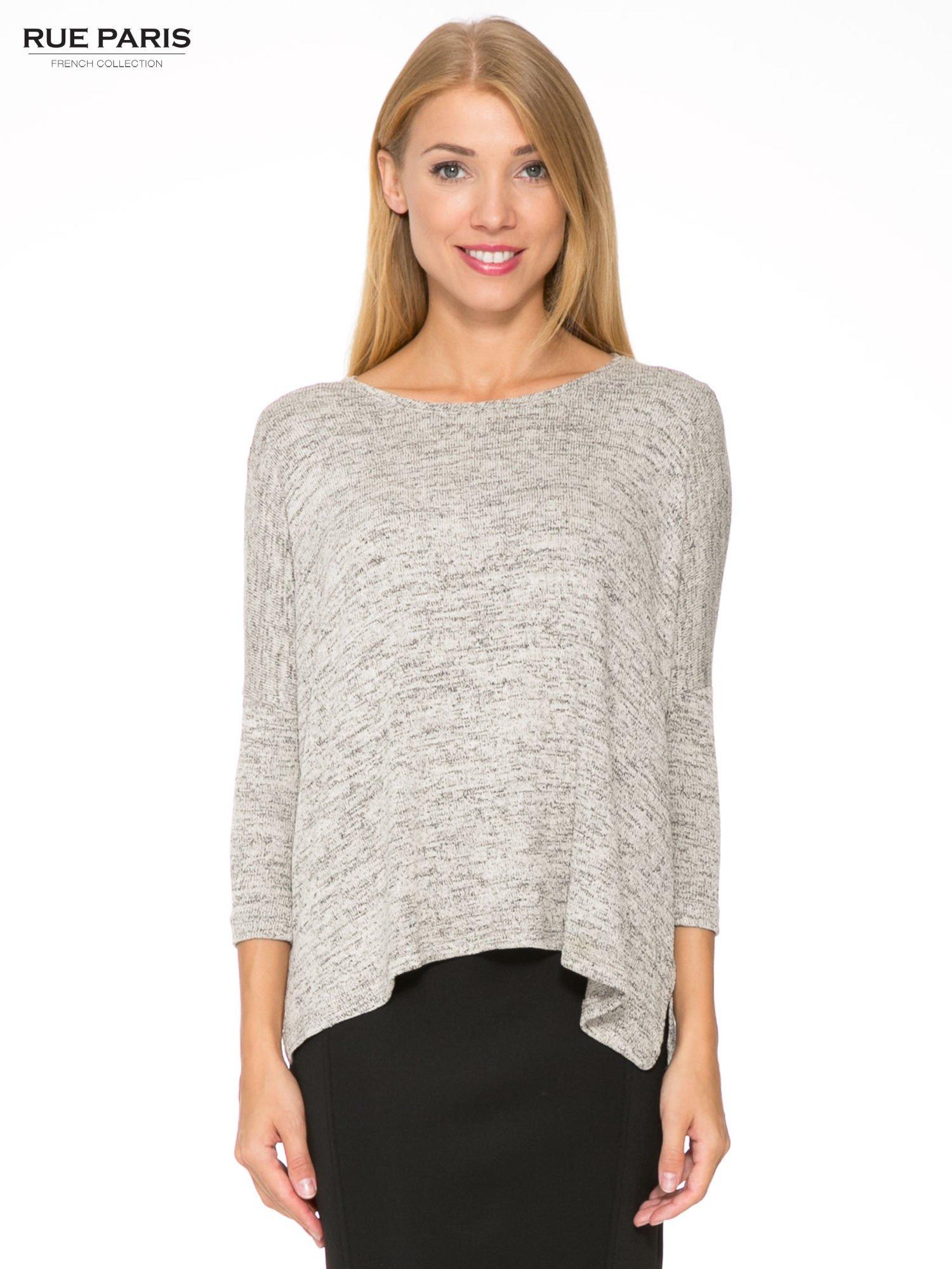 Beżowy melanżowy sweter oversize o obniżonej linii ramion                                  zdj.                                  1
