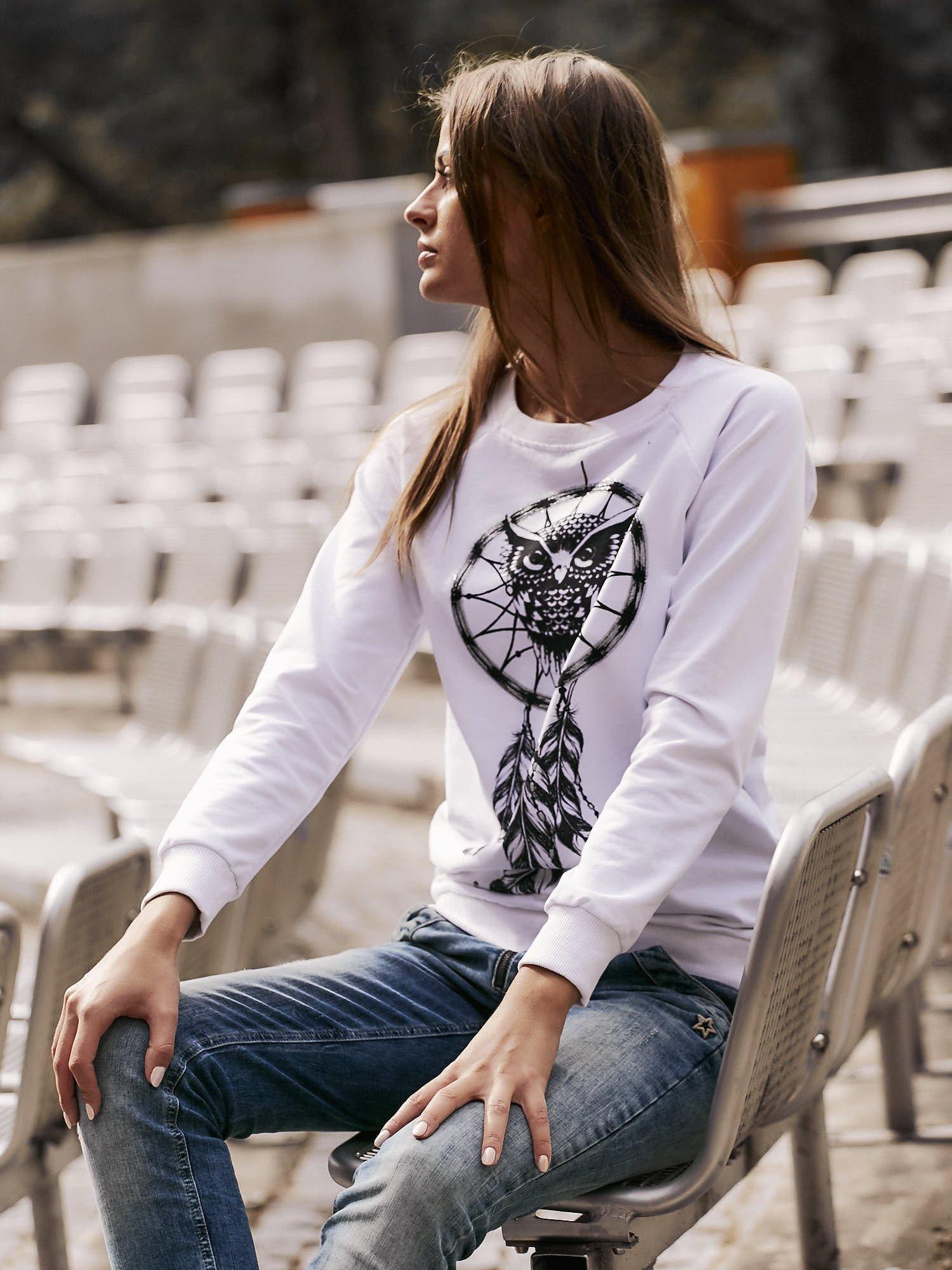 Biała bluza z motywem sowy i łapacza snów                                  zdj.                                  1