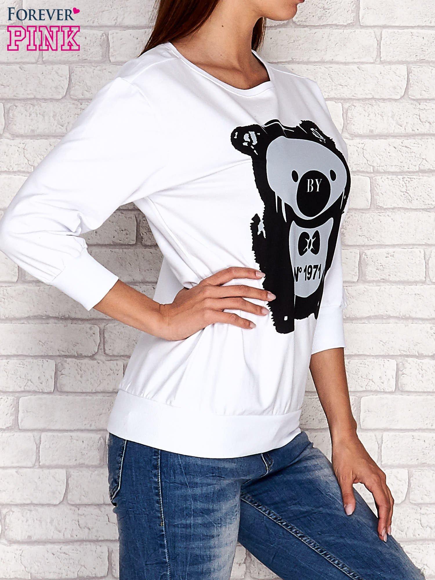 Biała bluza z nadrukiem pandy                                  zdj.                                  3