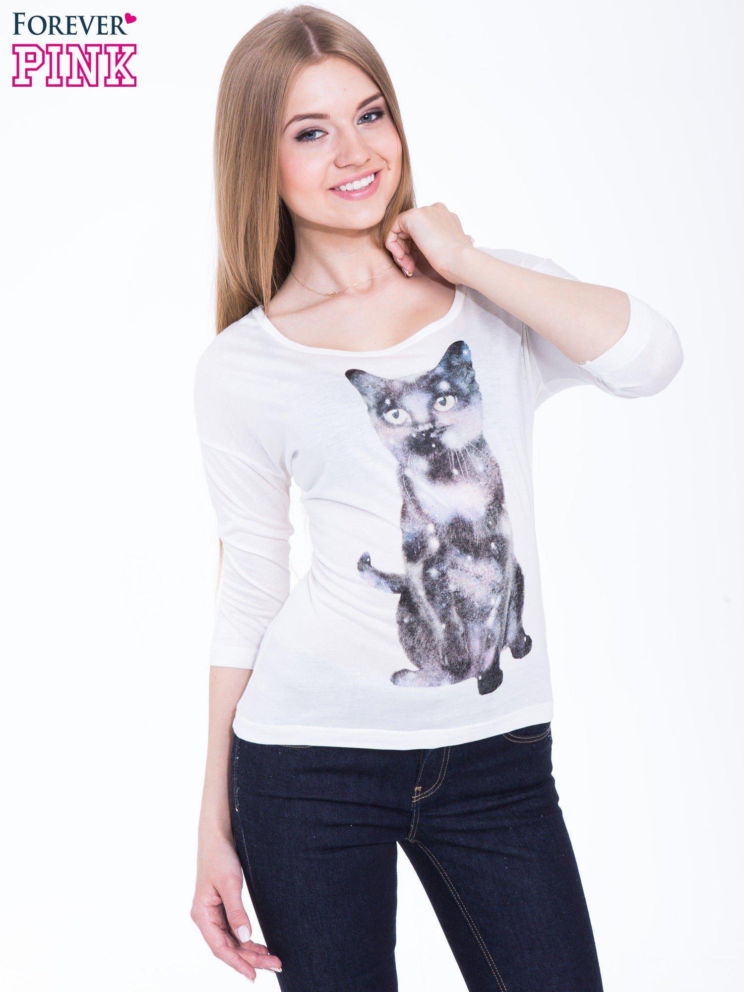 Biała bluzka z nadrukiem kota z efektem galaxy                                  zdj.                                  1