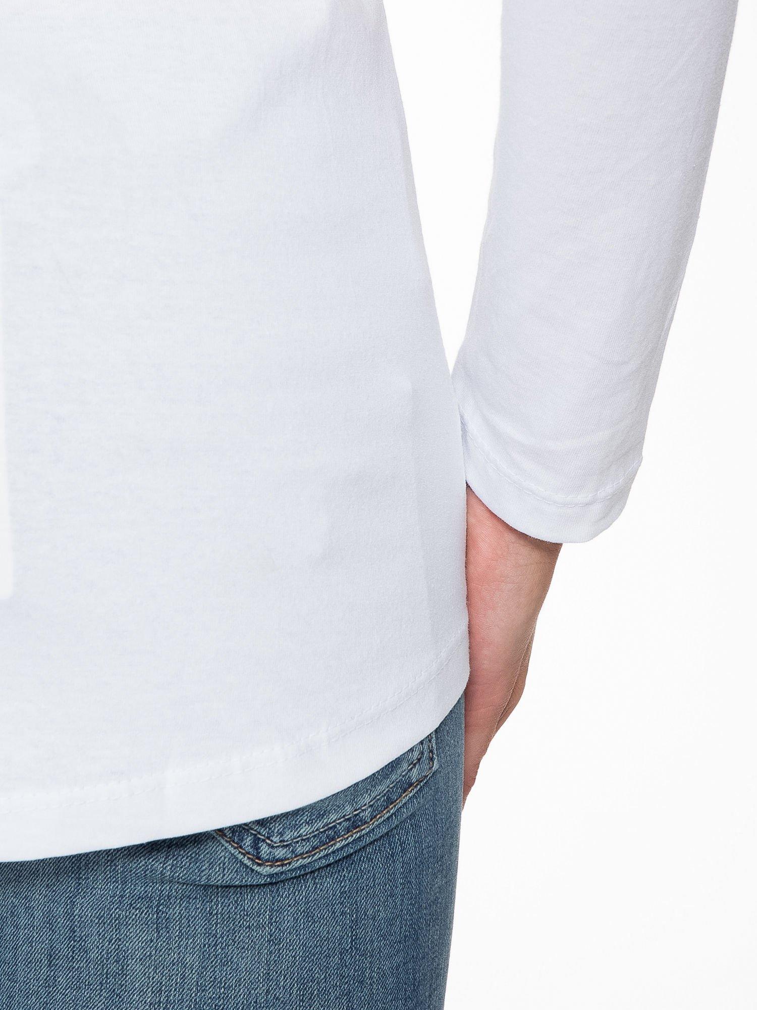 Biała bluzka z nadrukiem kota z koroną i napisem MEOW                                  zdj.                                  10