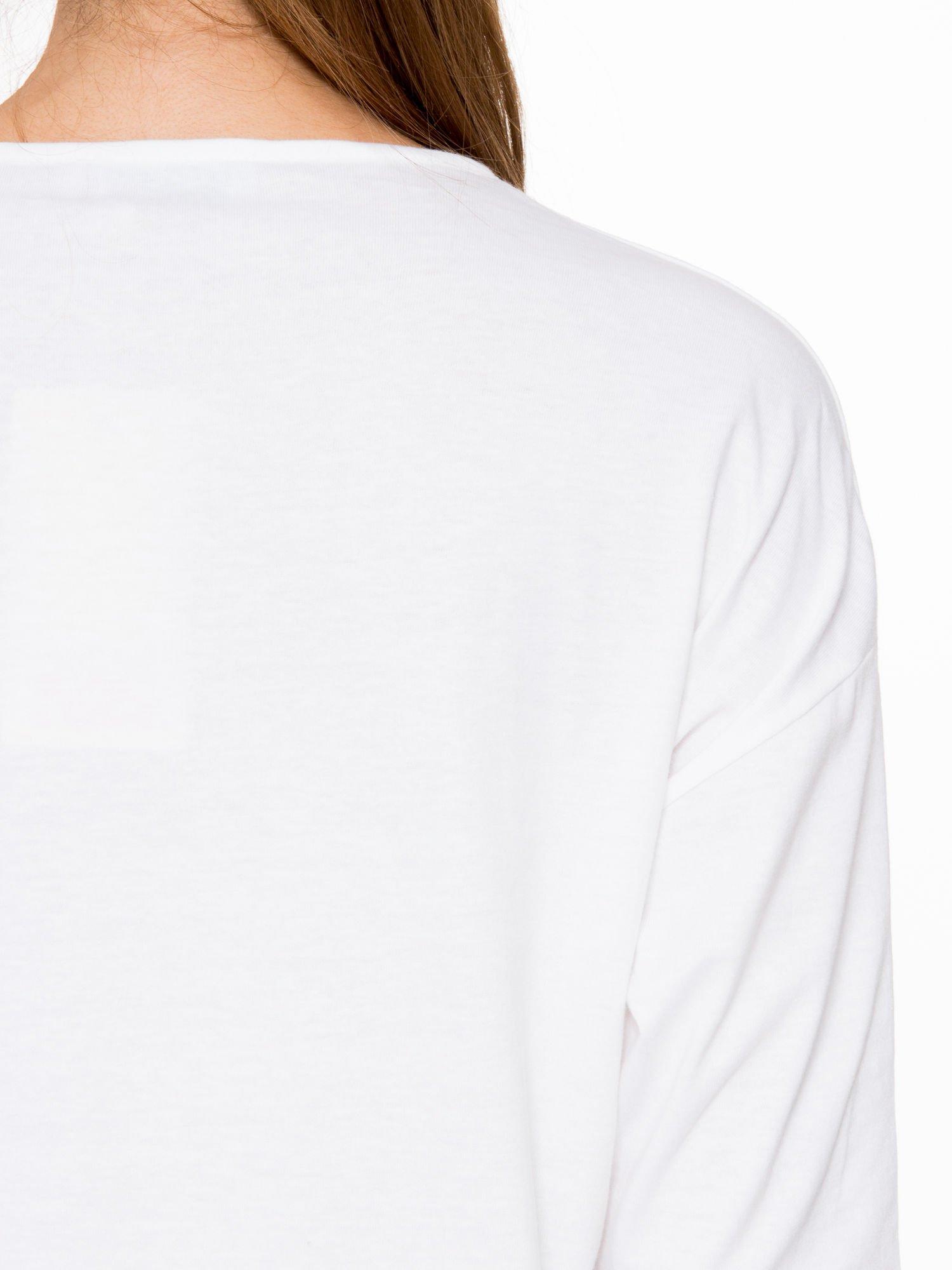 Biała bluzka z rękawem 3/4 i lekkim ściągaczem na dole                                  zdj.                                  8