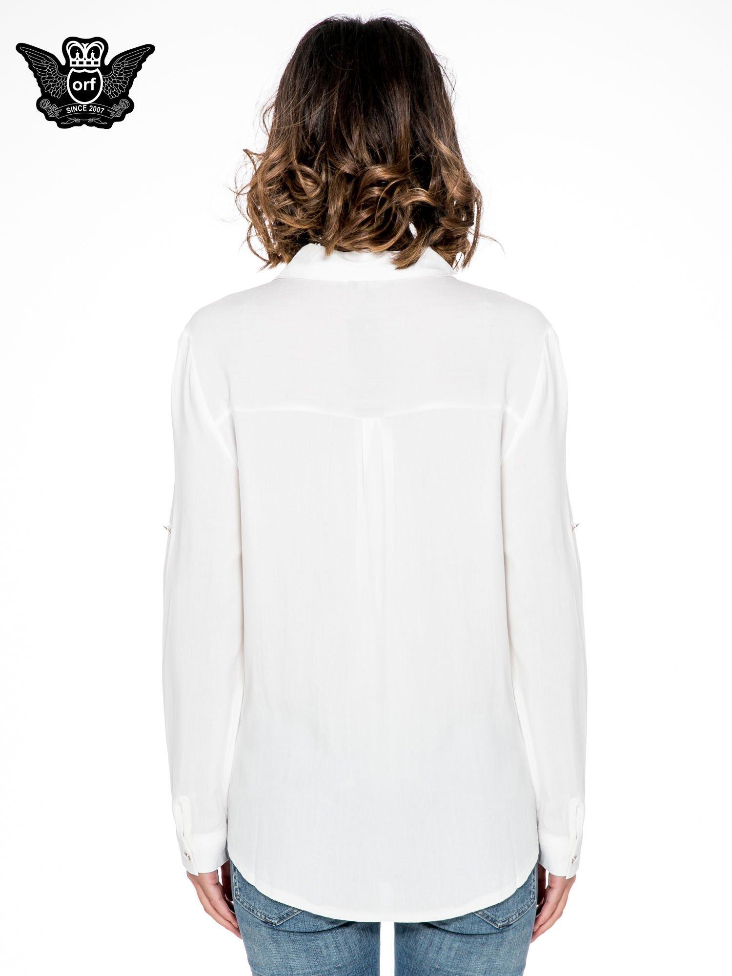 Biała elegancka koszula z suwakami i napami                                  zdj.                                  4