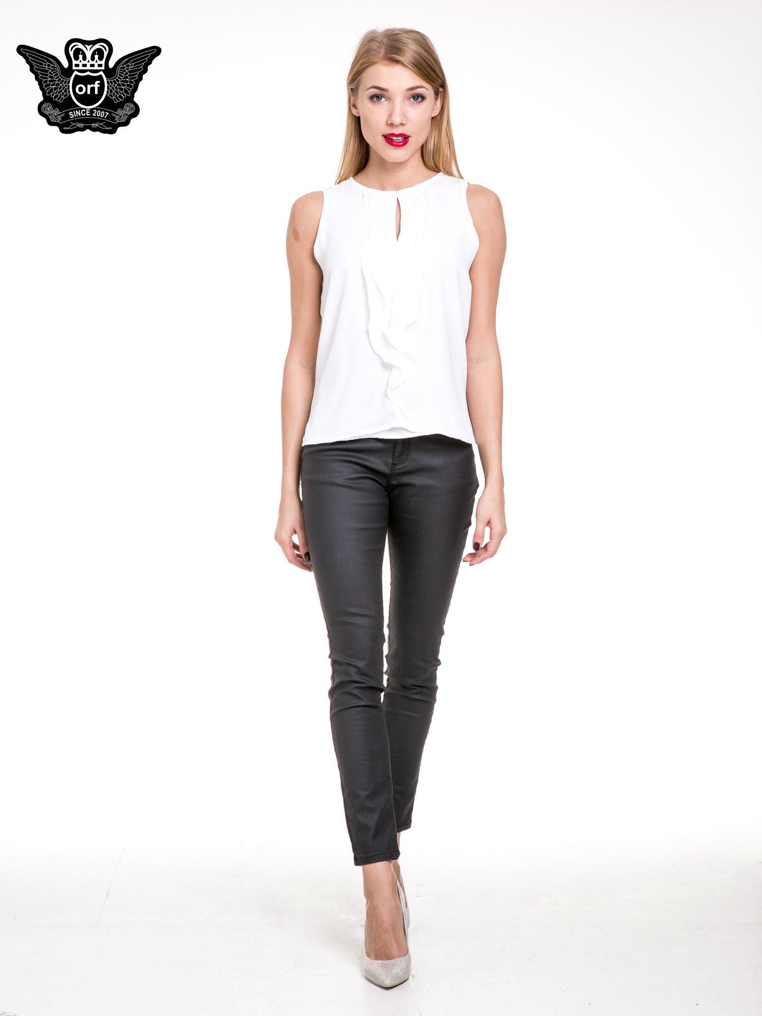 Biała elegancka koszula z żabotem                                  zdj.                                  2