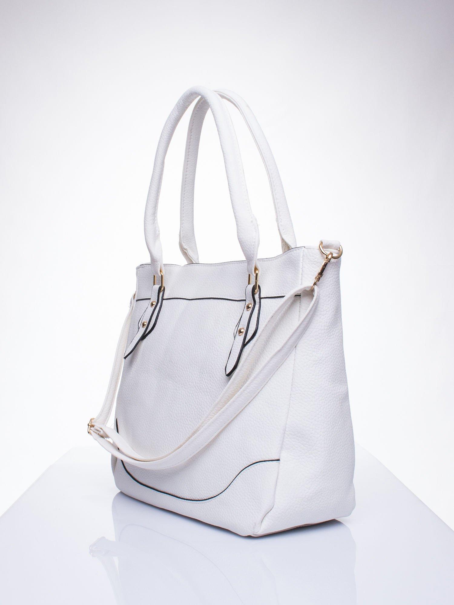 Biała fakturowana torba miejska z odpinanym paskiem                                  zdj.                                  2