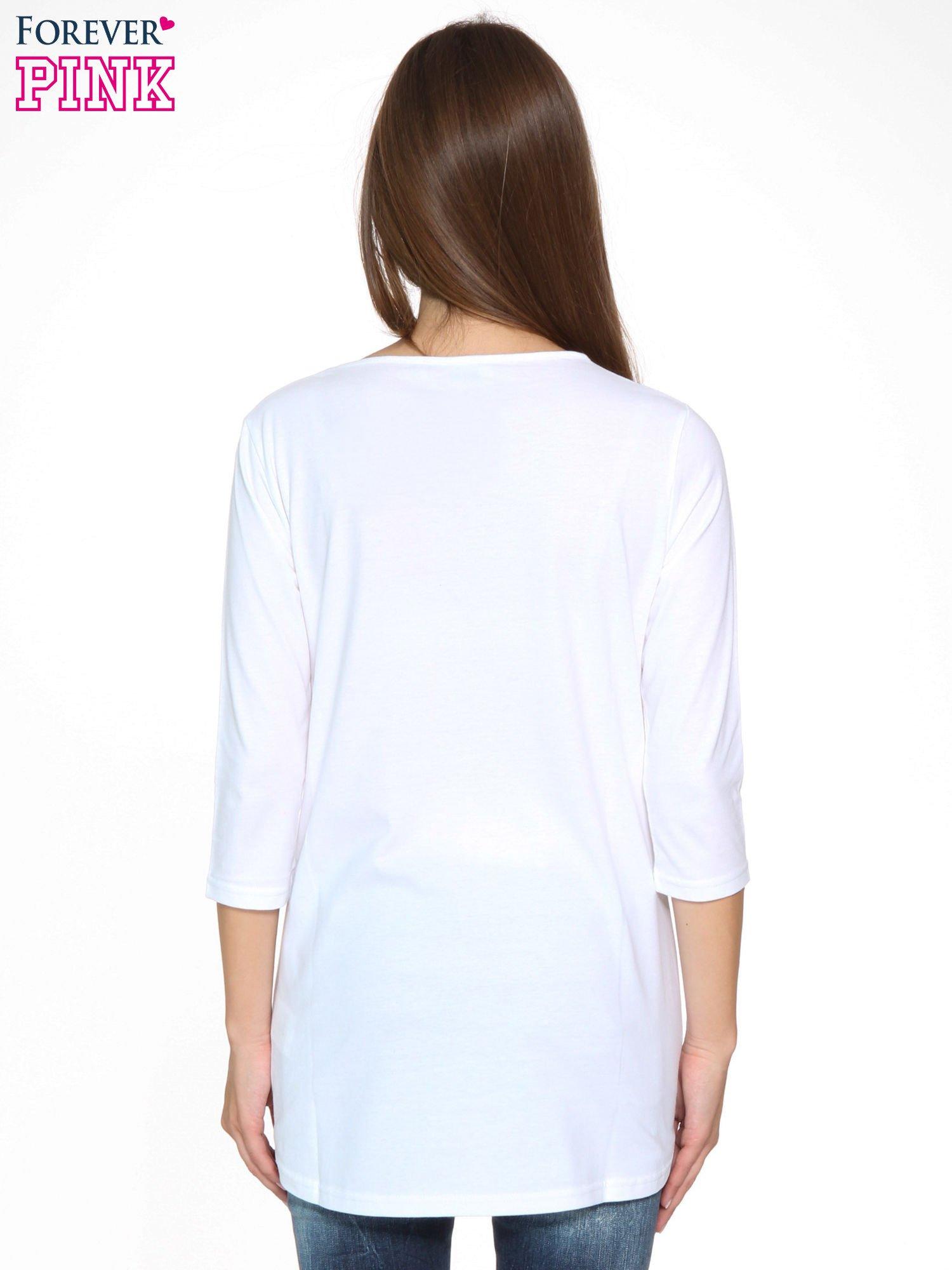 Biała gładka bluzka z dłuższym tyłem                                  zdj.                                  4