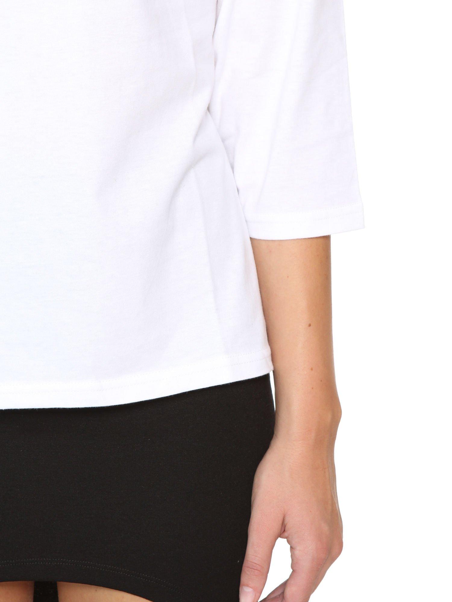 Biała gładka bluzka z rękawem 3/4                                  zdj.                                  7