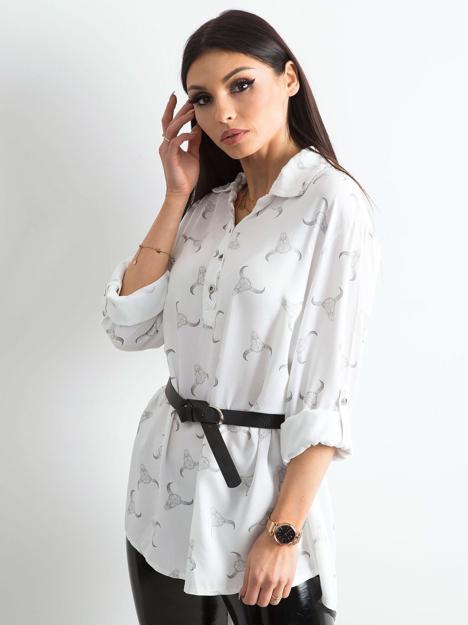 d1c0a75f Biała koszulowa bluzka z nadrukiem