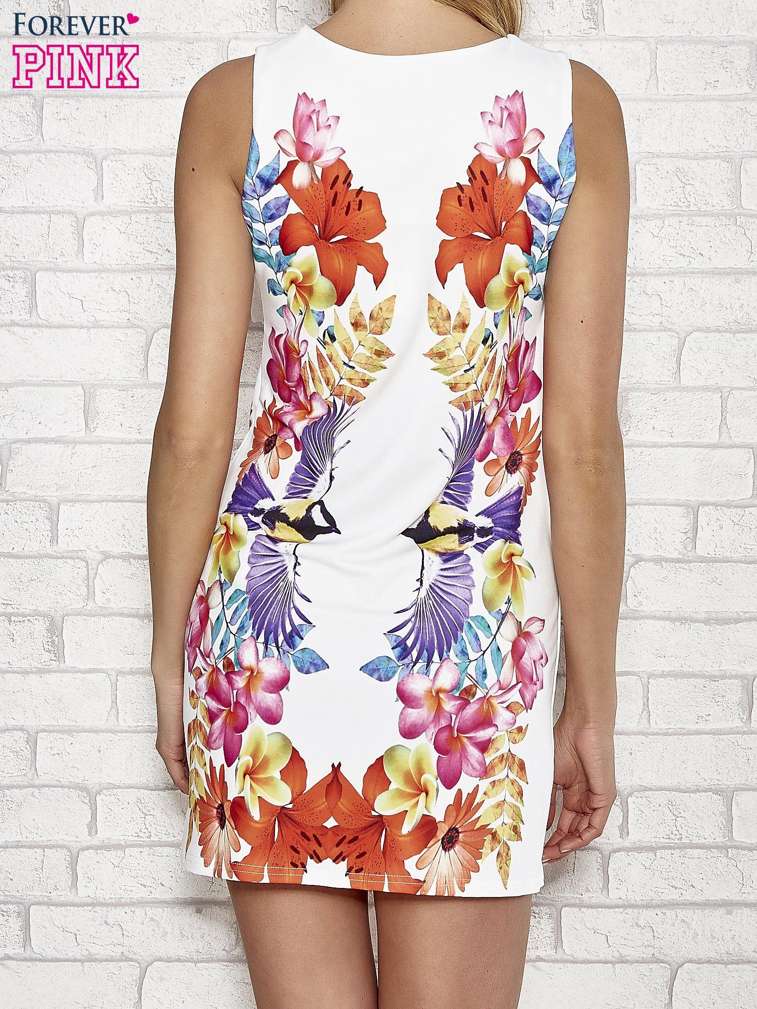 Biała sukienka z nadrukiem ptaków                                  zdj.                                  4