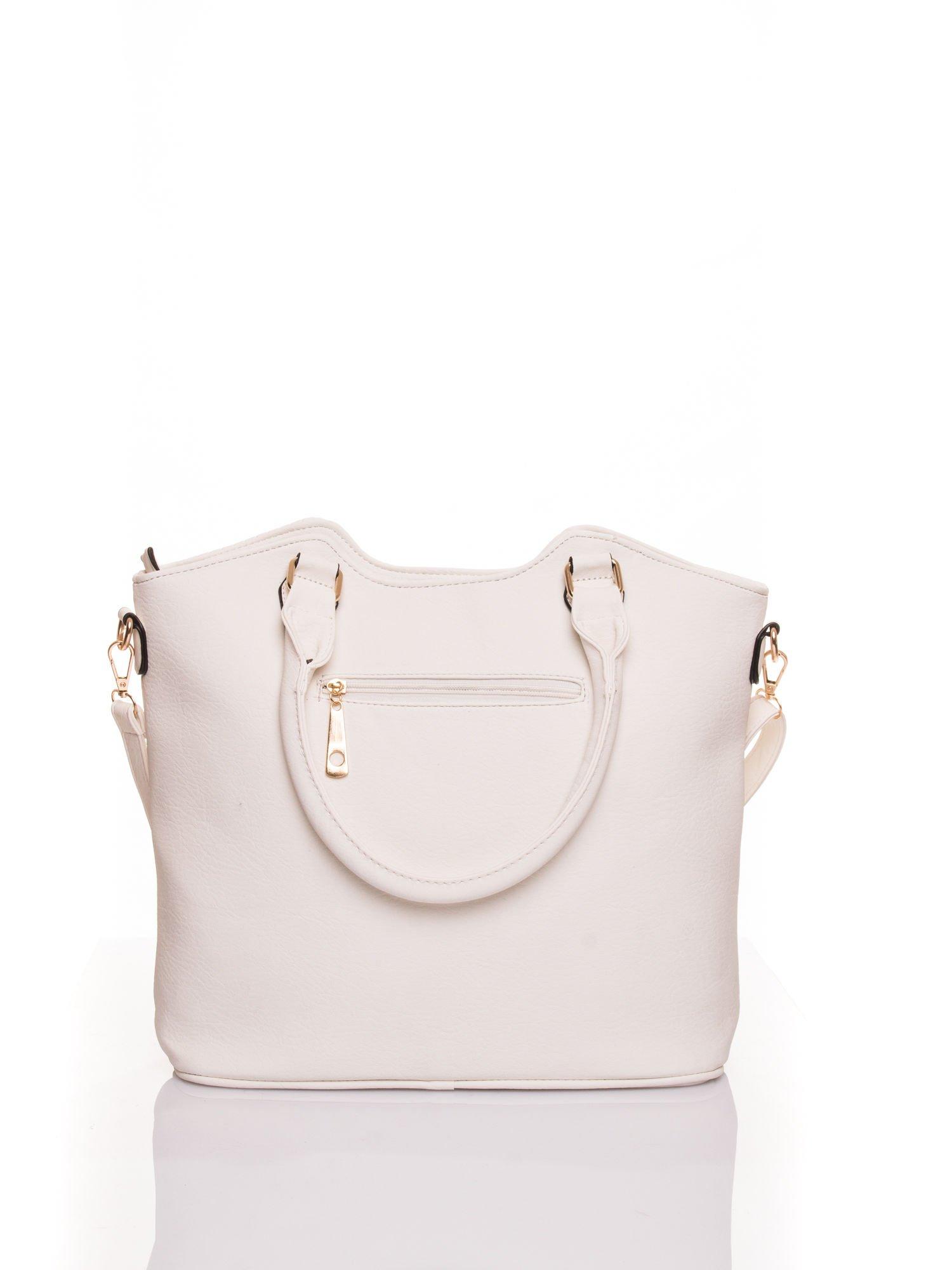 Biała torebka fakturowana w pasy                                   zdj.                                  3