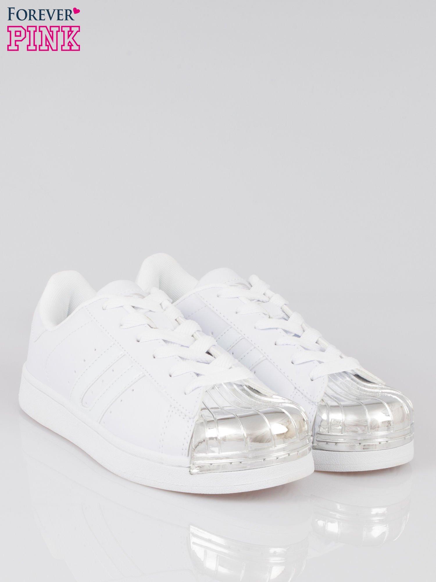 Białe buty sportowe material Enigmatic z metalicznym czubkiem                                  zdj.                                  2
